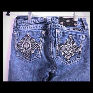 Miss Me Jeans- Unique design, comfortable